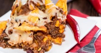 Mexicaanse nachos-gehaktschotel